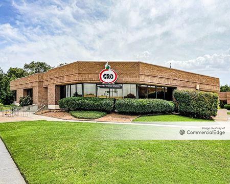 12200 North Stemmons Fwy & 13115 Harry Hines Blvd & 205 Denton Drive - Dallas