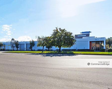 Universal Alloy Industrial Park - Anaheim