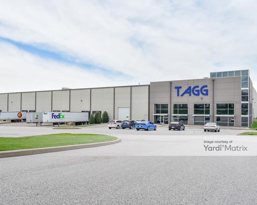 Hazelwood Logistics Center - 372 Hazelwood Logistics Center Drive