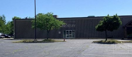 14,296 SF Available for Lease in Woodstock, Illinois - Woodstock