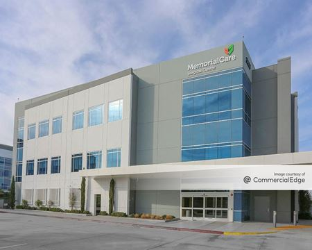 Pacific Pointe Northwest at Douglas Park - Building 16 - Long Beach