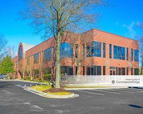 Innsbrook Corporate Center - Waterfront Plaza