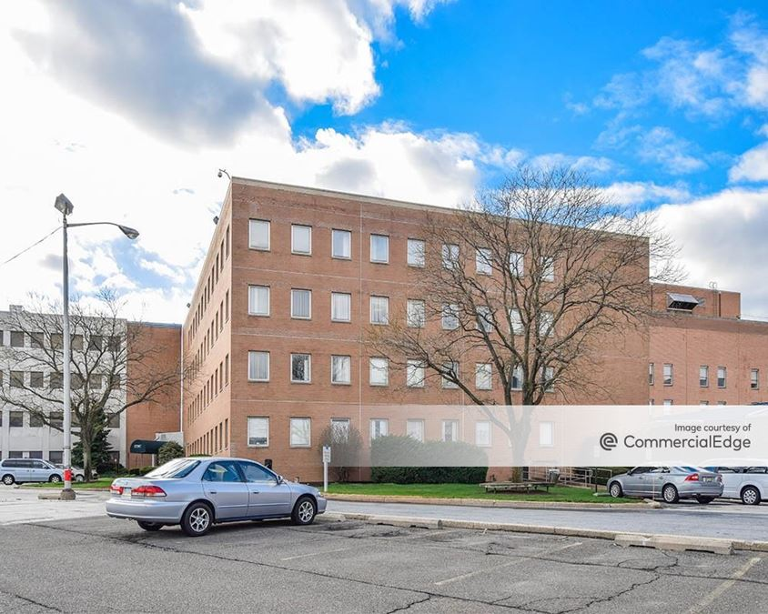 Crozer - Chester Medical Center - Professional Office Building 1