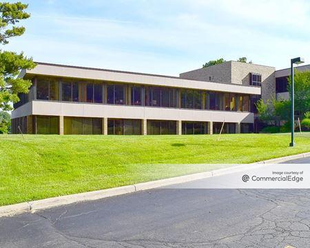 Bloomfield Office Center - 40701 Woodward Avenue - Bloomfield Hills