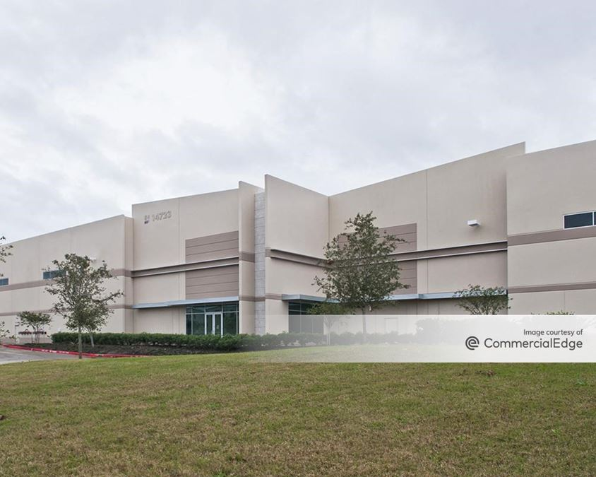 Lakeview Business Park - 14723 Fairway Pines Drive