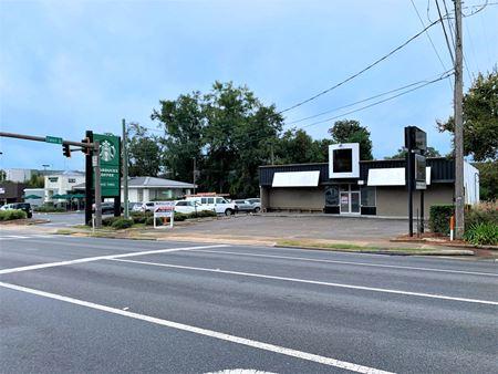 Campus - Retail/Restaurant Location - Tallahassee