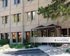 Lake Plaza Center - Lakewood