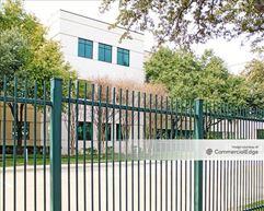 Hallmark Center II - Addison
