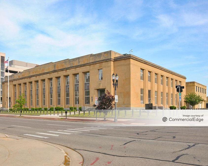 Charles E. Chamberlain Federal Building