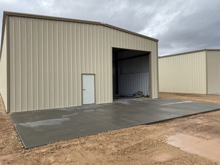 342 S Commerce Industrial Lease Spaces - Hurricane