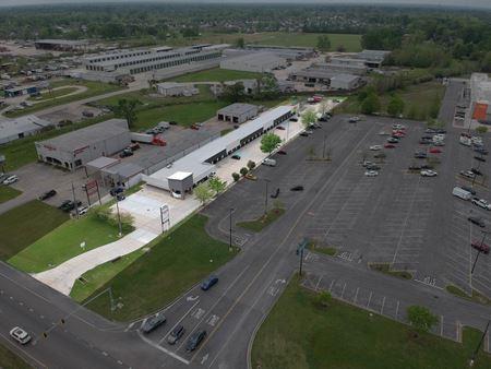 Ascension Marketplace - Walmart Supercenter Shadow Center - Prairieville