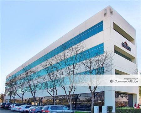 Oakbrook Plaza - Laguna Hills