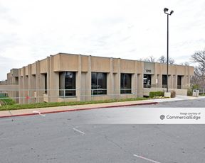 Copper Oaks Office Complex - 7010 & 7020 South Yale Avenue - Tulsa