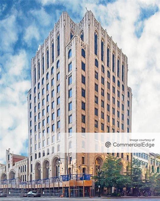 77 Monroe Center