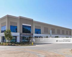 The Magellan Gateway - Building E - El Monte