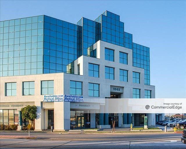 Gardena Professional Medical Plaza