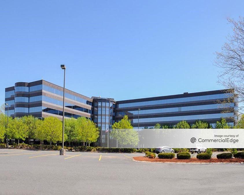 Hobbs Brook Office Park - 401 Edgewater Drive