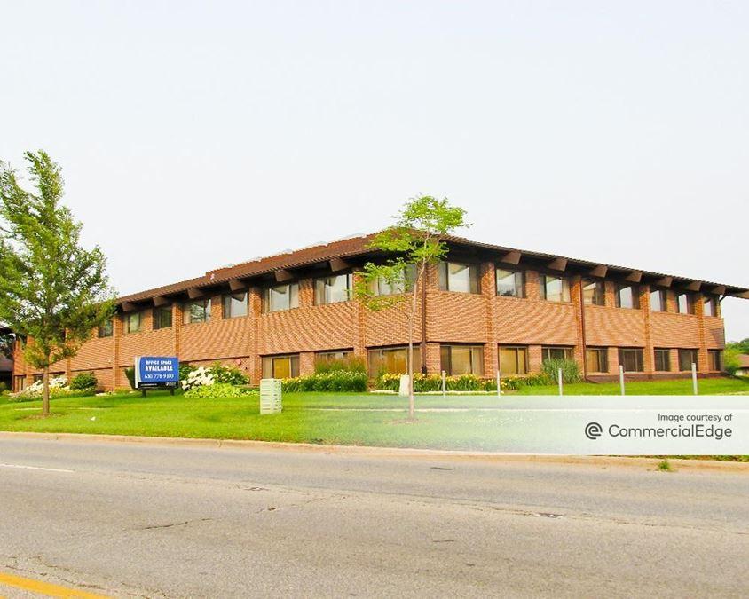 Naperville Executive Court