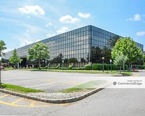 The Arbors at Parsippany - 6 Campus Drive