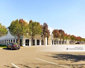 160 Raritan Center Pkwy