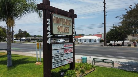 Grovemont Square - Santa Ana