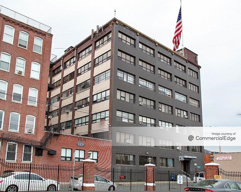 119-129 Braintree Street