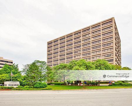 Woodfield Executive Plaza - Schaumburg