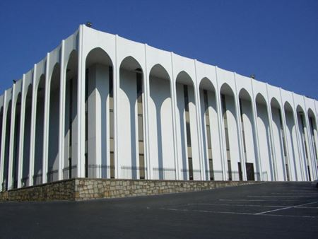 Sandy Springs Center - Atlanta