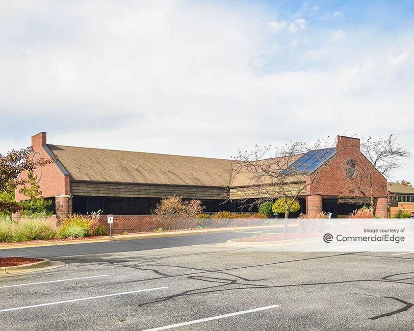 Eaglecrest Office Park - 3215 Eagle Crest Drive NE