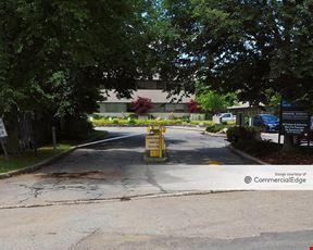 Tarry Elm Business Center - 5 West Main Street