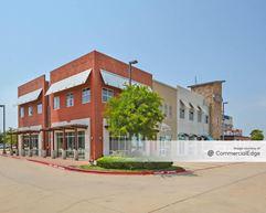 Grapevine Station - 1000 Texan Trail - Grapevine
