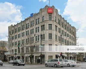 3959 North Lincoln Avenue