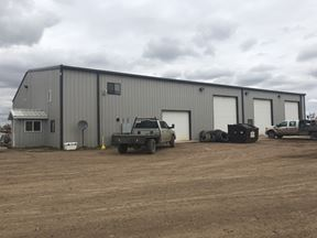 10,800 SF Shop/Office on 52.5 AC - Dore