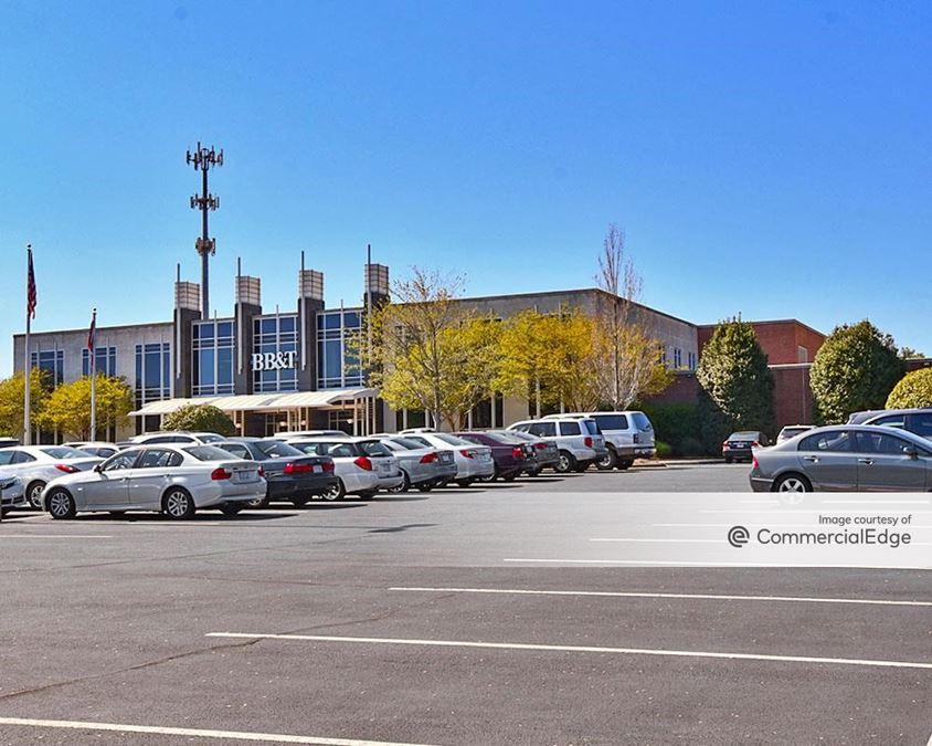 Reynolda Business Center