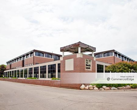 Bloomwood Office Center - Bloomfield Hills