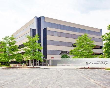 Tri-State International Office Center - 200 Tri-State International - Lincolnshire