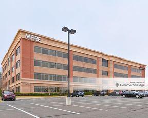 Quantico Corporate Center - 925 Corporate Drive