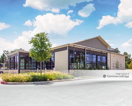 Six Pines Medical Plaza - Shenandoah