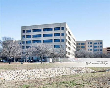 4255 Amon Carter Blvd - Fort Worth