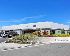 Los Alamitos Corporate Center - 10541, 10542, 10571, 10572, 10601, 10611, 10621 & 10641 Calle Lee - Los Alamitos