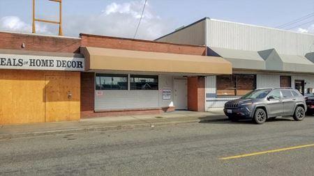 W Stewart Retail Building - Puyallup
