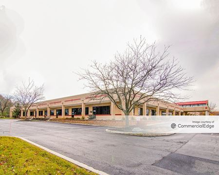Rossmoyne Business Center - Building 79 - Mechanicsburg