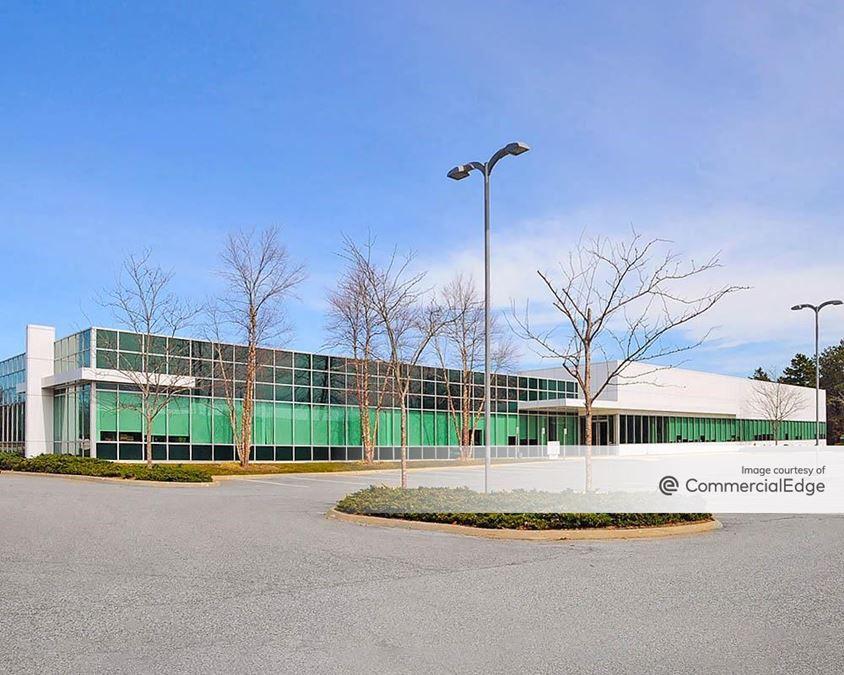 Rechler Business Park at Airport International Plaza