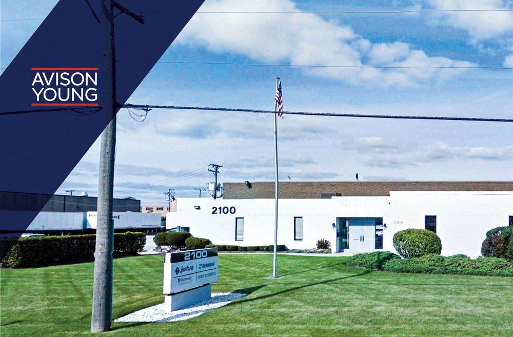 2100 E Devon Avenue
