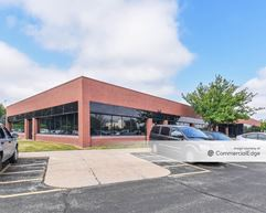 Country Club Office Plaza - Wynfield Building - West Des Moines