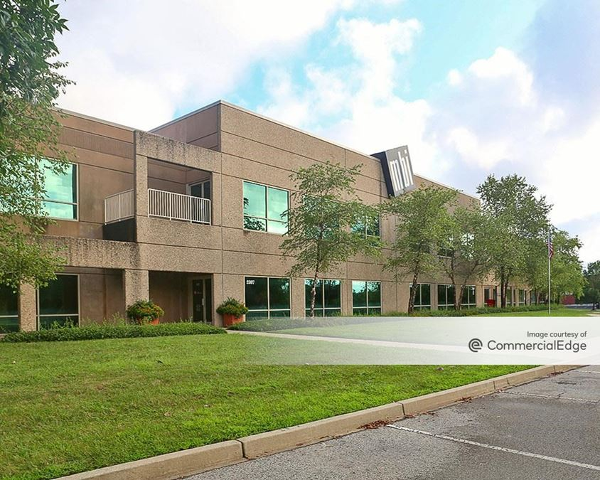 Spring River Business Park - 2201-2211 River Road