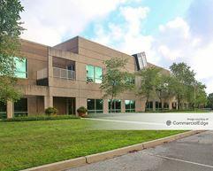 Spring River Business Park - 2201-2211 River Road - Louisville