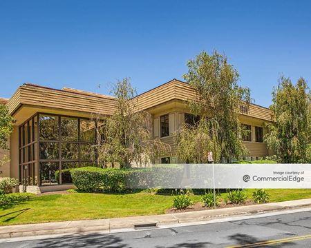 2225 East Bayshore - Palo Alto