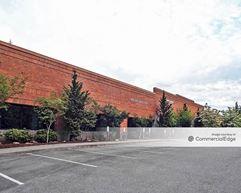 Redmond Ridge Corporate Center - Building 101 - Redmond
