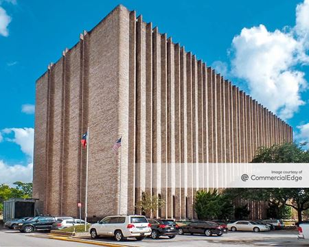 2990 Richmond Avenue - Houston